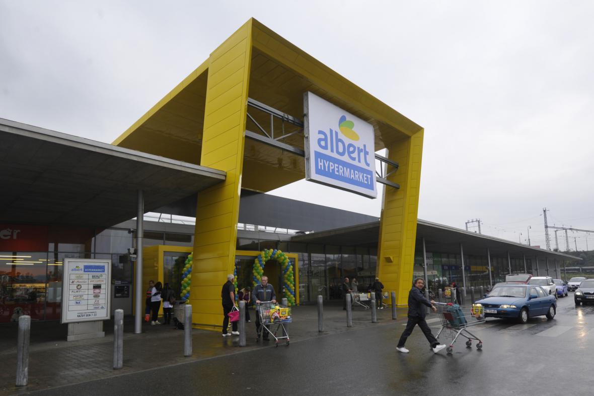 Hypermarket Albert, bývalý Interspar