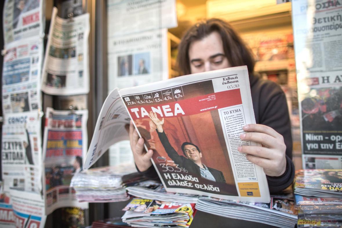 Tisk píše o vítězství SYRIZY