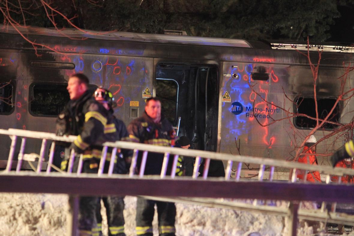 Srážka vlaku s automobilem v New Yorku