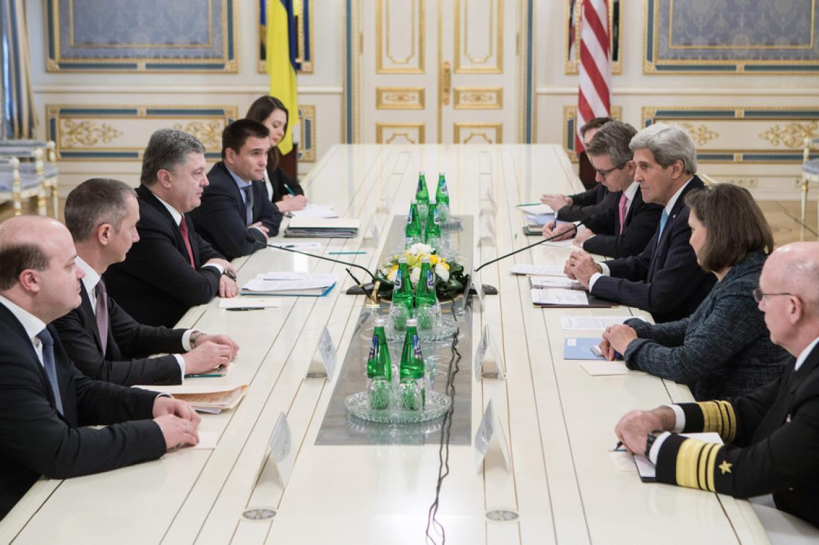 Jednání Petra Porošenka s Johnem Kerrym