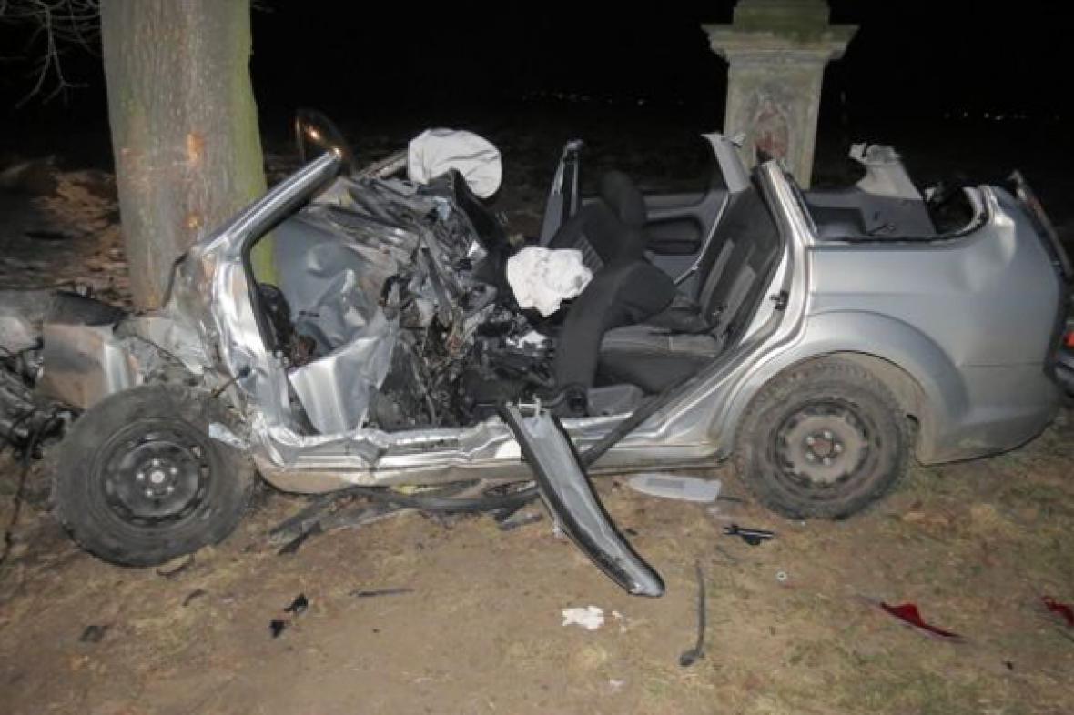 Nehoda řidičky na Olomoucku skončila smrtí