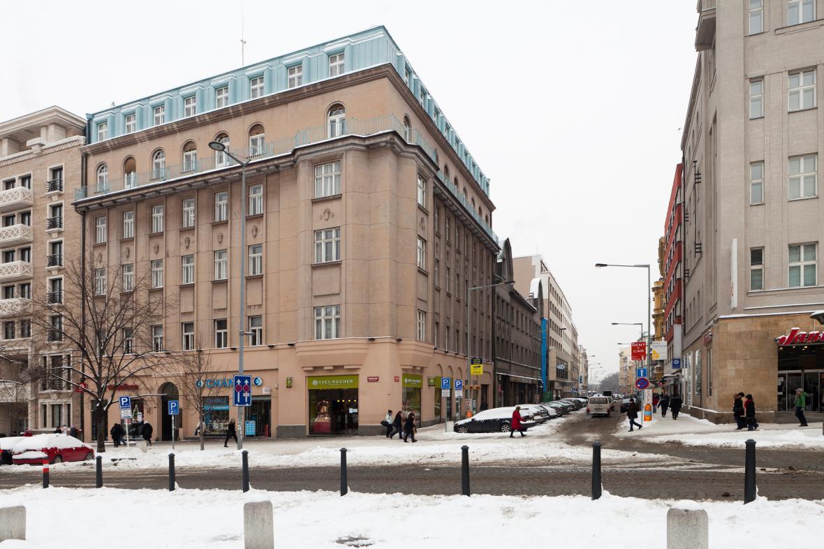Dům na rohu Václavského náměstí a Opletalovy ulice