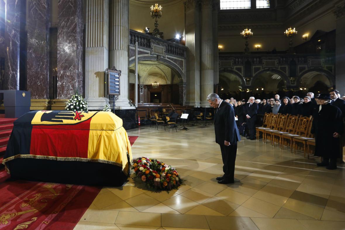 Joachim Gauck na pohřbu Richarda von Weizsäckera