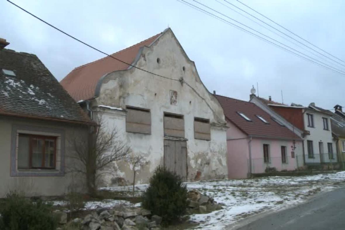 Synagoga v Polici