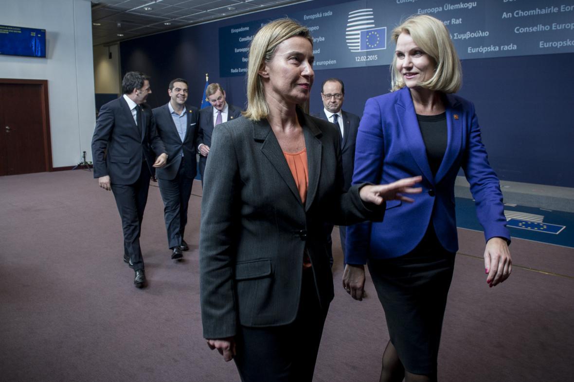 Evropská ministryně zahraničí Mogheriniová a dánská premiérka Thorning-Schmidtová na summitu EU