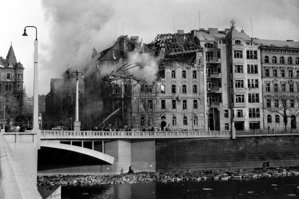 Bombardování Prahy
