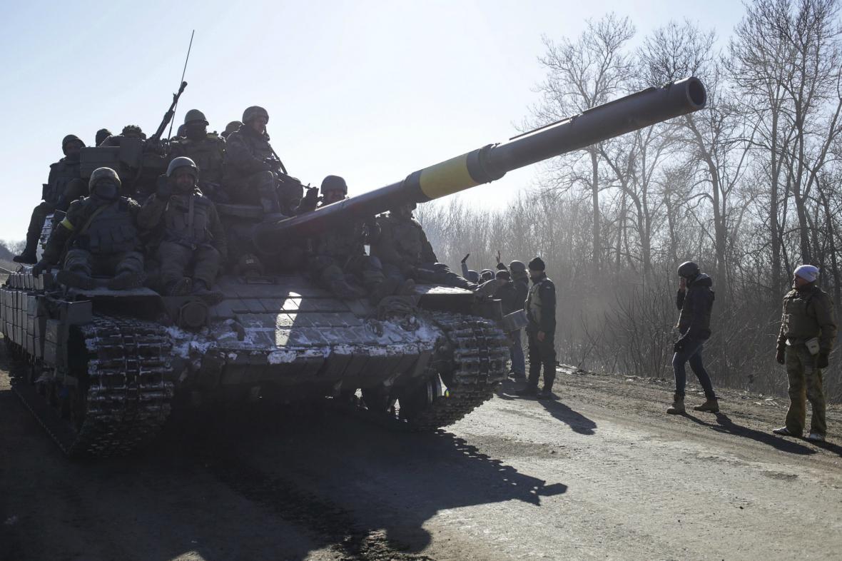 Stahování ukrajinských vojáků z Debalceve