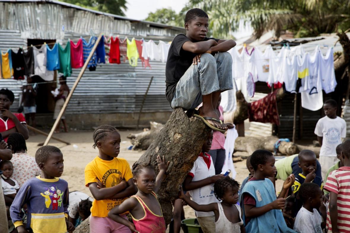 Děti na předměstí Monrovie