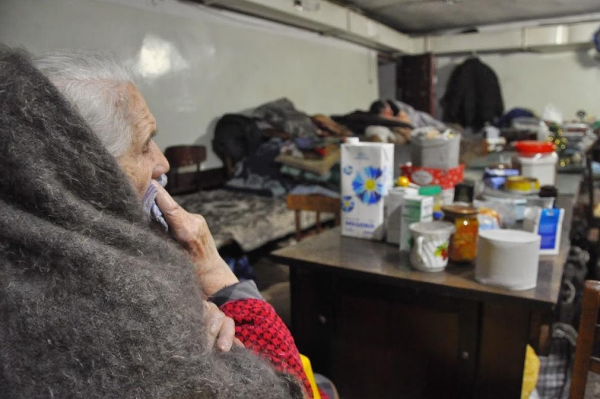 Člověk v tísni pomáhá v Debalceve