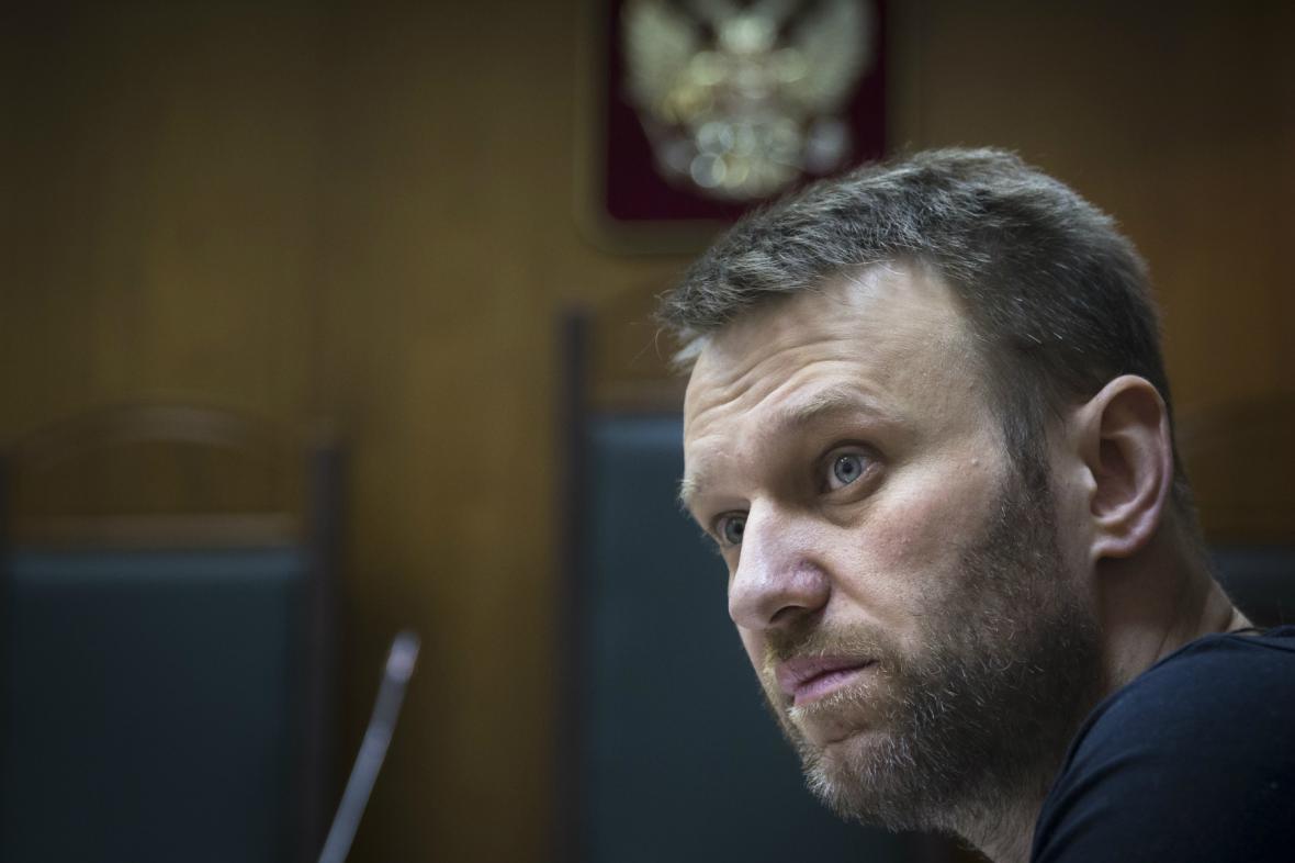 Navalnyj ukázal v souvislosti s vraždou Němcova na Putina