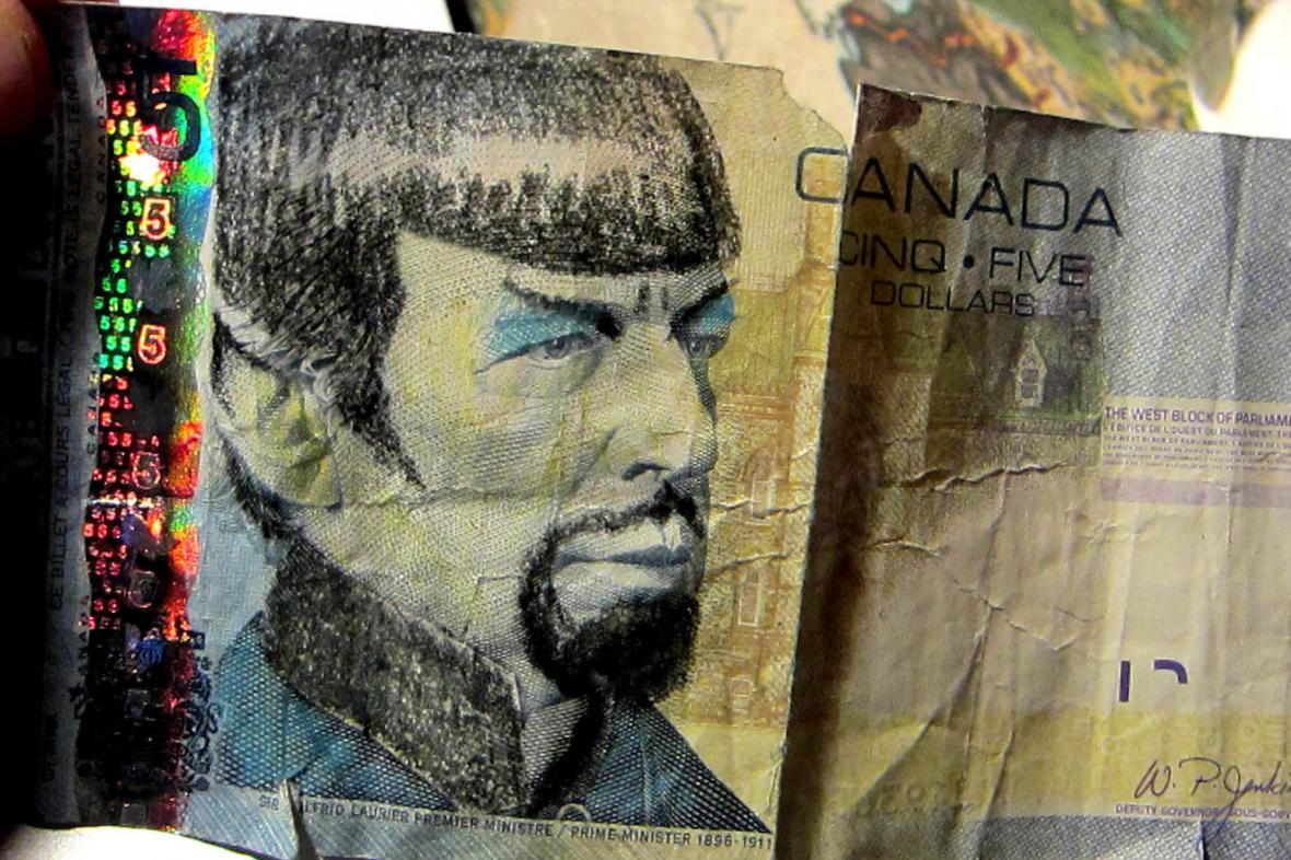 Leonard Nimoy jako Spock na kanadské bankovce