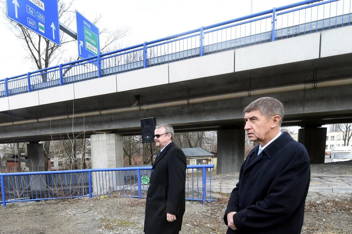 Ministr dopravy Dan Ťok a ministr financí Andrej Babiš