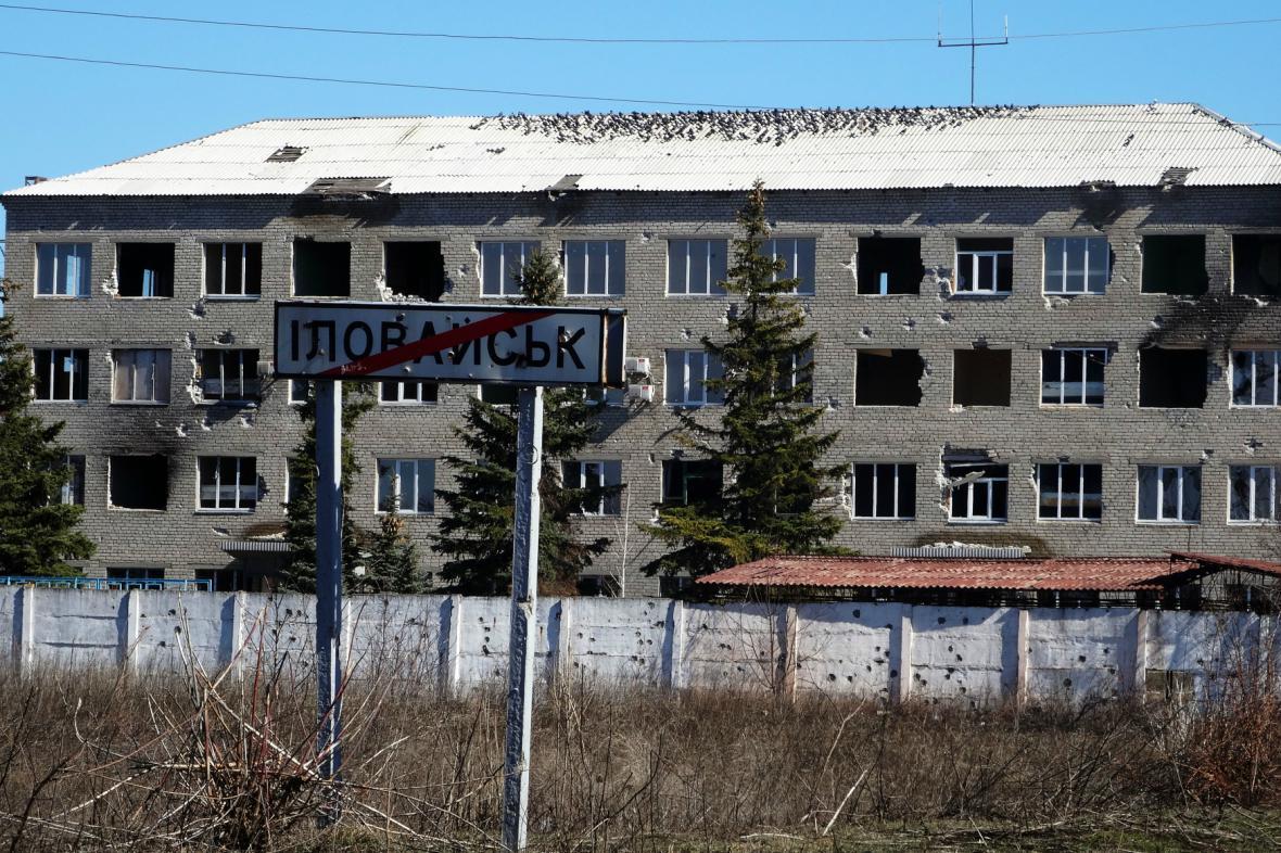 Ukrajinský Ilovajsk zničený boji