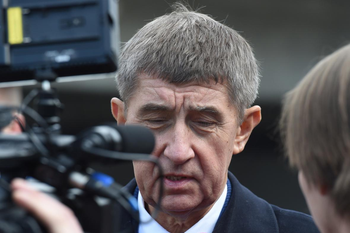 Ministr  Babiš si od evidence slibuje 12,5 miliardy
