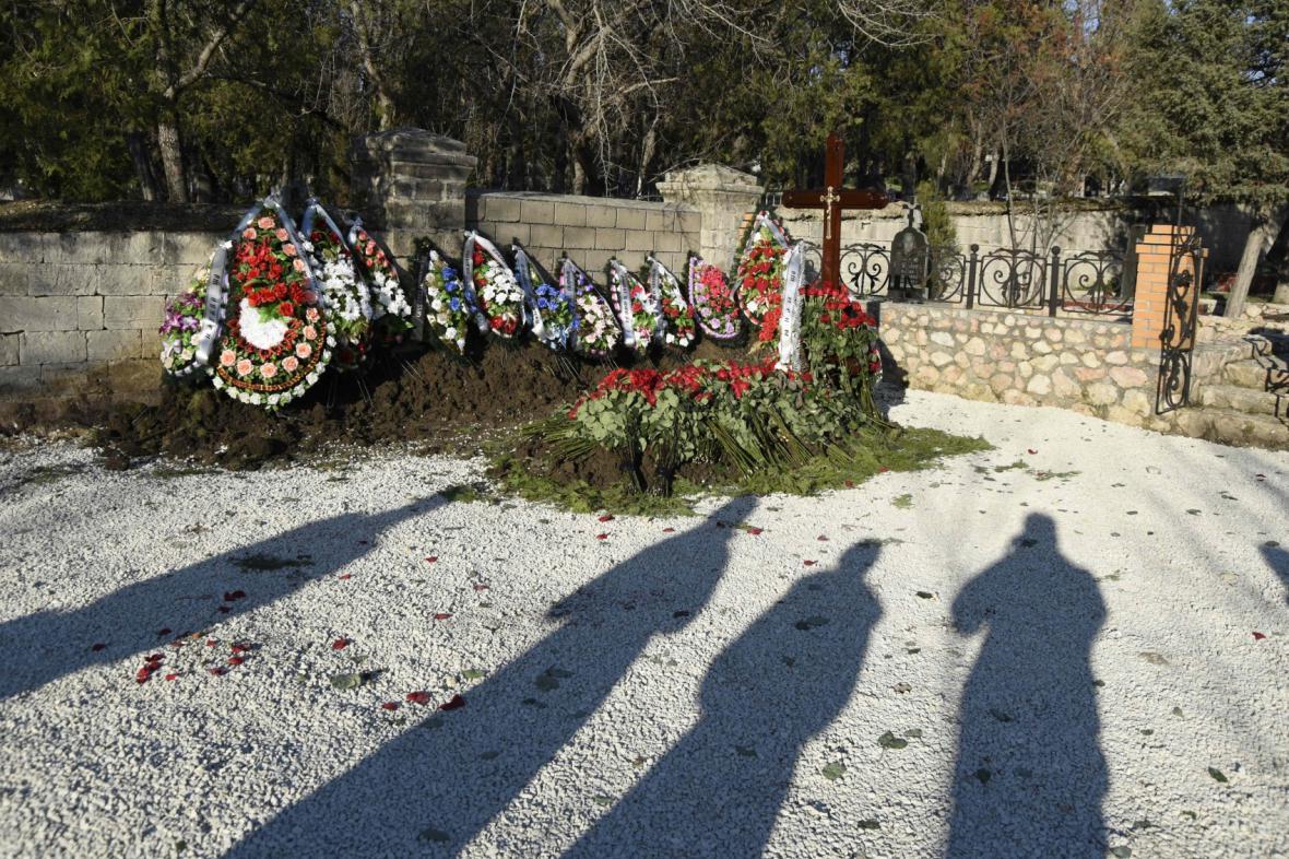 Janukovyčova syna pohřbili na Krymu