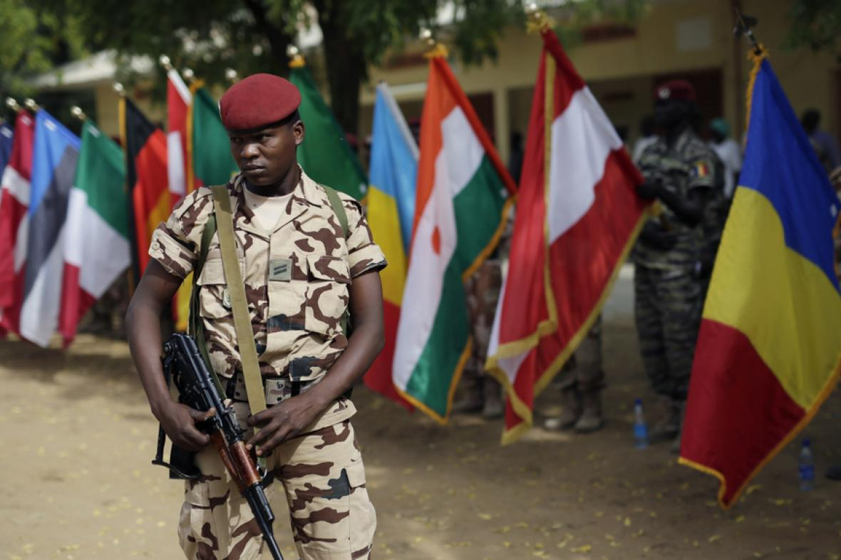 Základna čadské armády poblíž N'Djameny