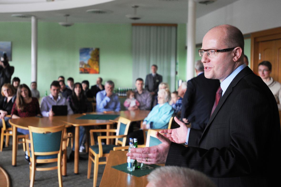 Premiér Sobotka při návštěvě krajanů z Ukrajiny