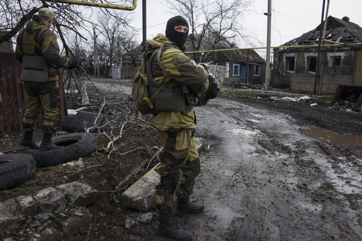 Proruský separatista v oblasti Doněcku