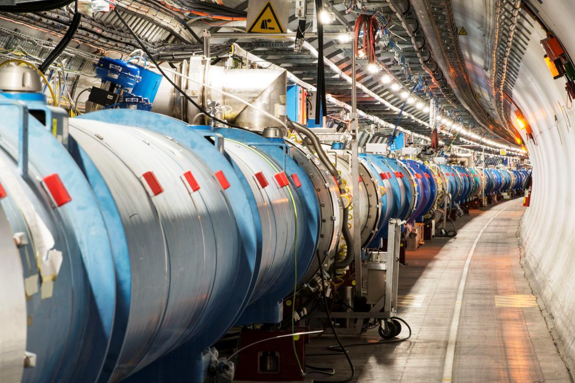 Kruhový tunel Velkého hadronového urychlovače částic