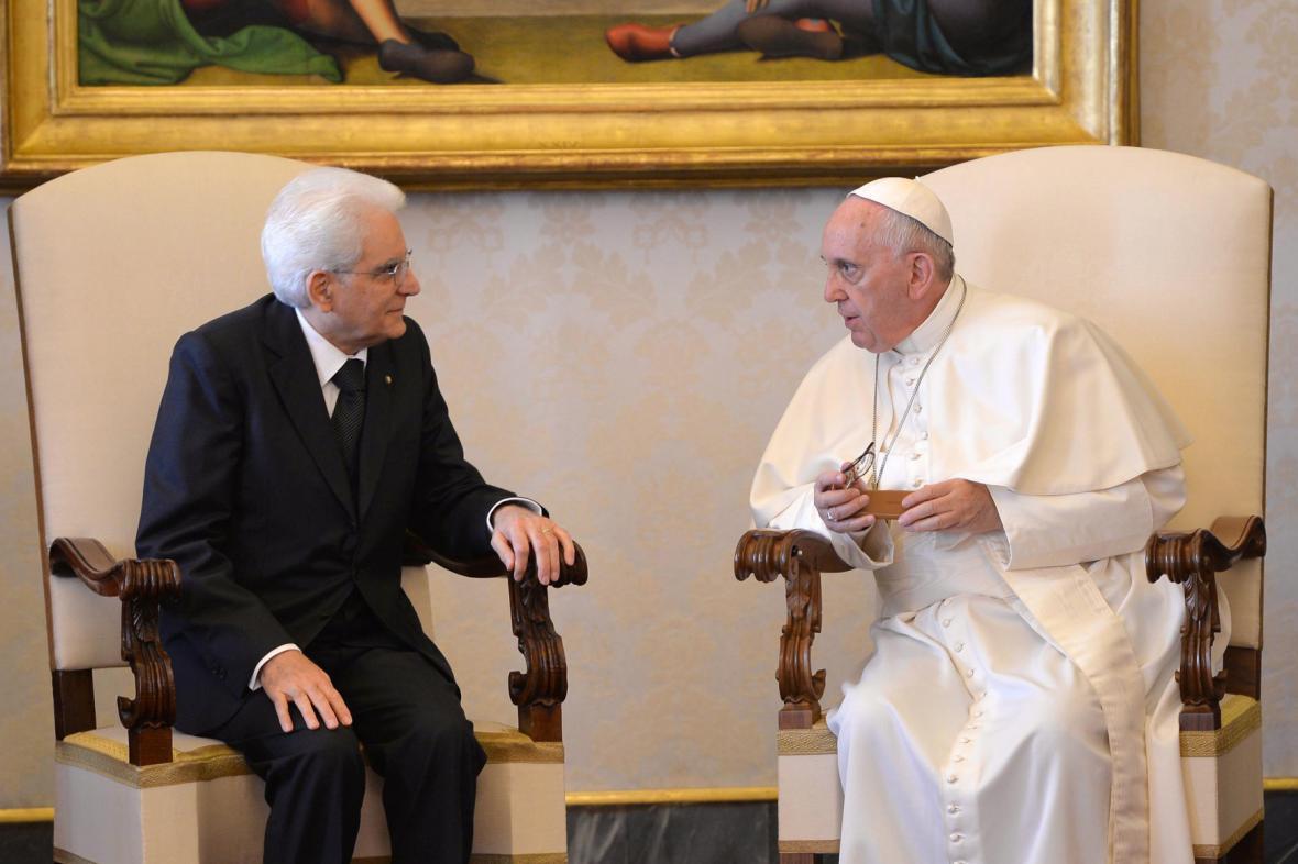 Nový italský prezident se setkal s papežem