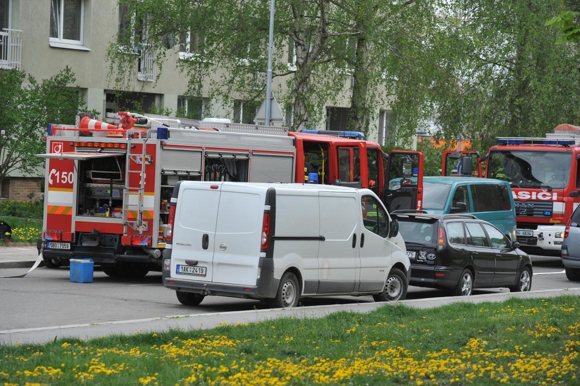 Protiextremistický zásah policie v Brně - Králově Poli