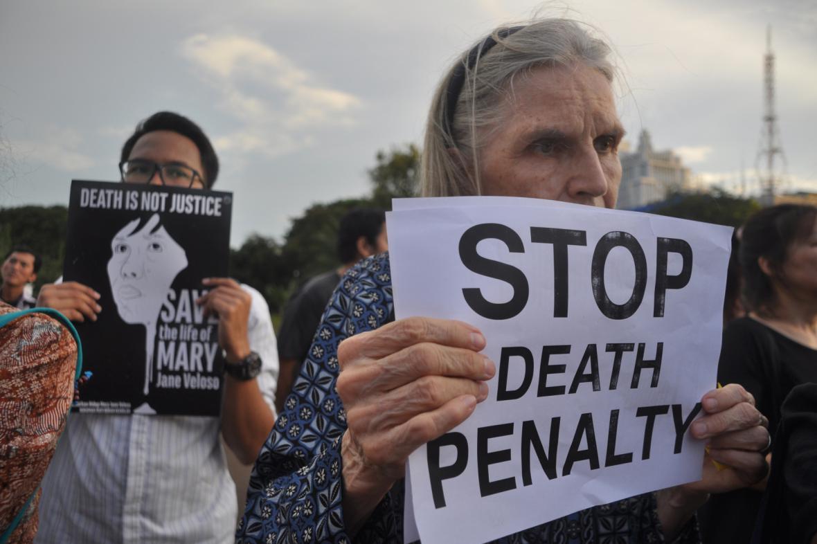 Protesty v Jakartě proti popravě devíti odsouzených