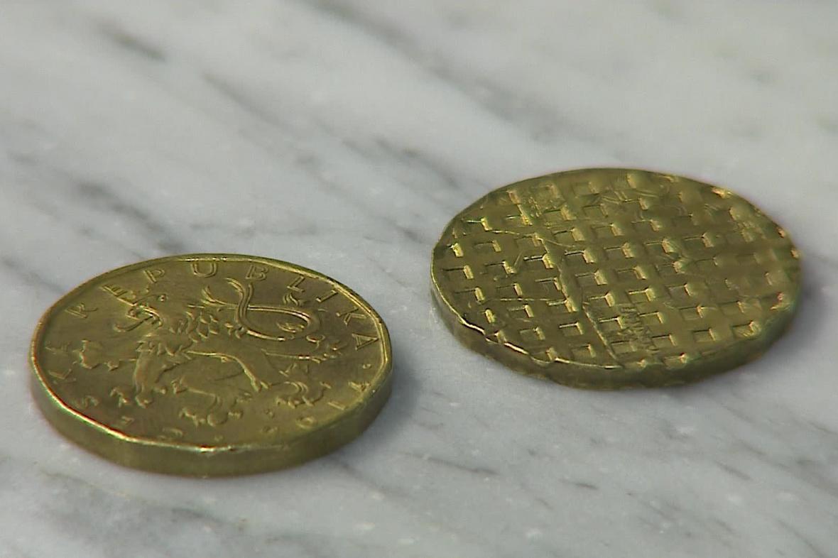 Znehodnocené mince zpět v oběhu