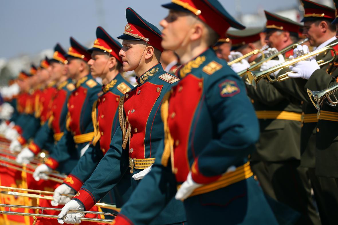 Rusové se připravují na vojenskou přehlídku v Moskvě