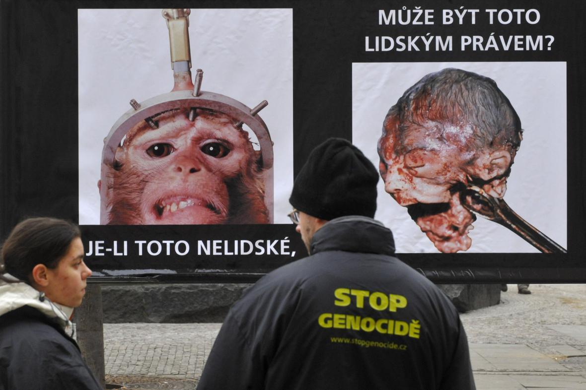 Protipotratová výstava sdružení Stop genocidě