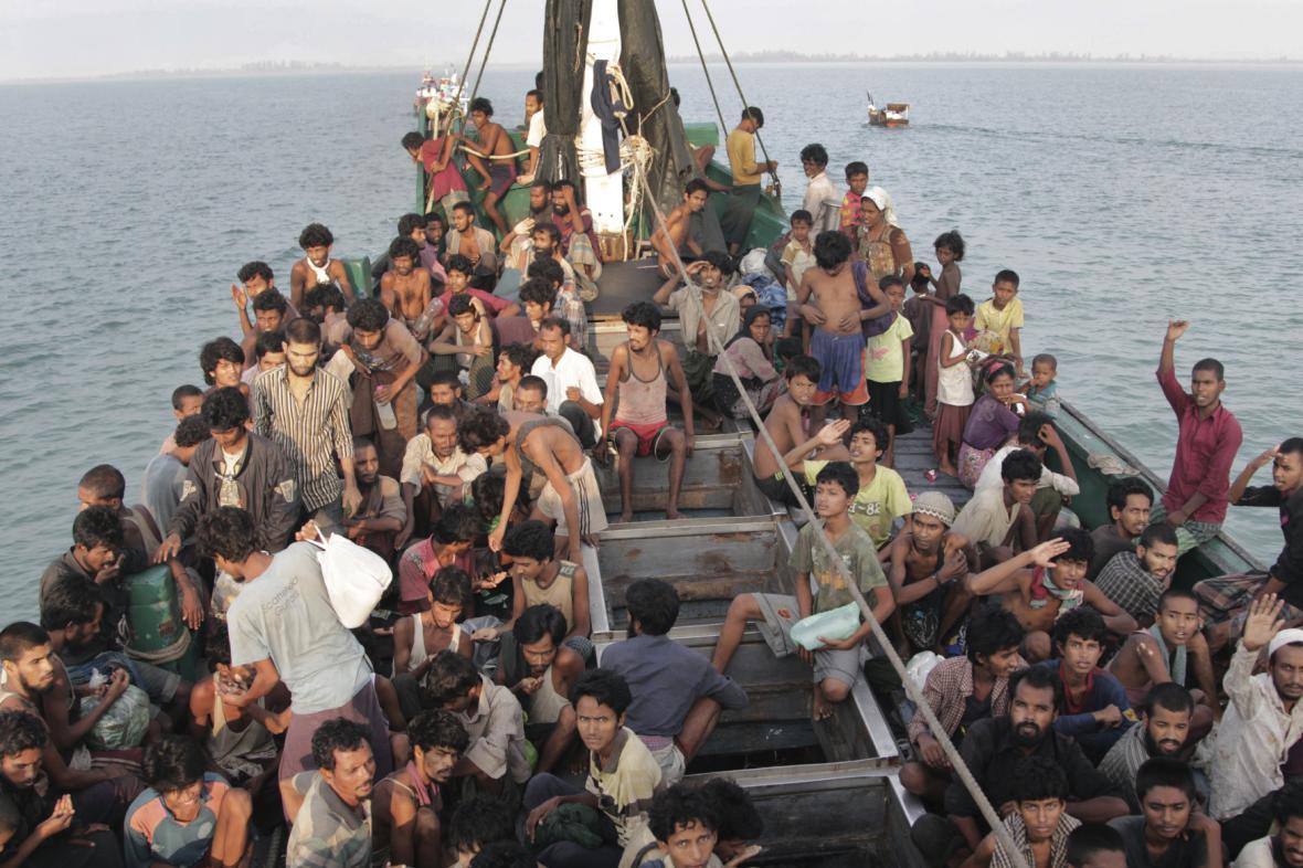 Asijští uprchlíci