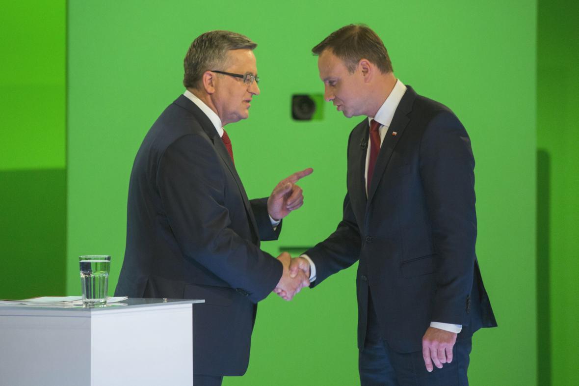 Bronislaw Komorowski a Andrzej Duda