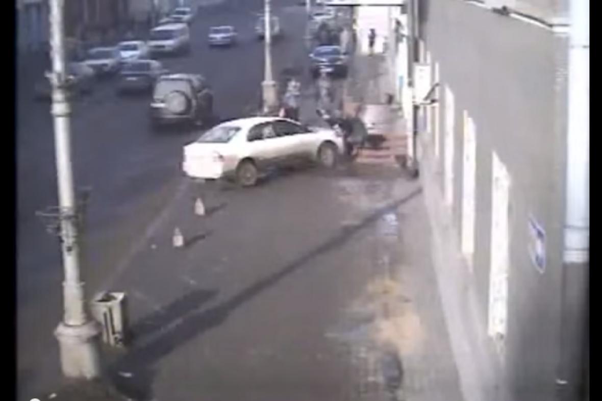 Šavenkovová najela na chodník a srazila dvě ženy