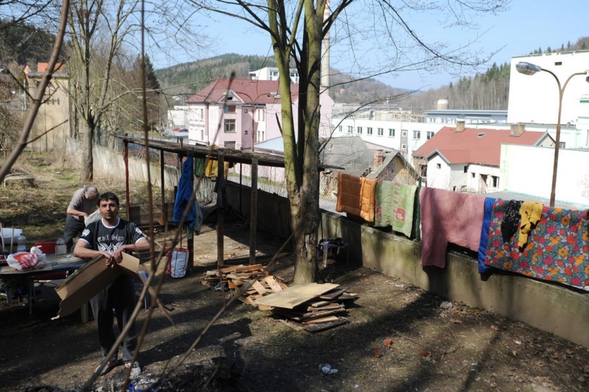 Život kolem papírny Větřní na Českokrumlovsku
