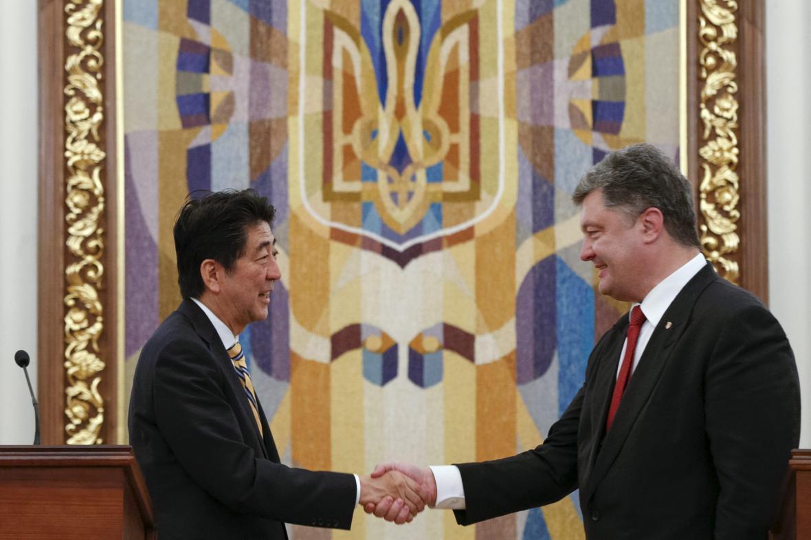 Šinzó Abe v Kyjevě
