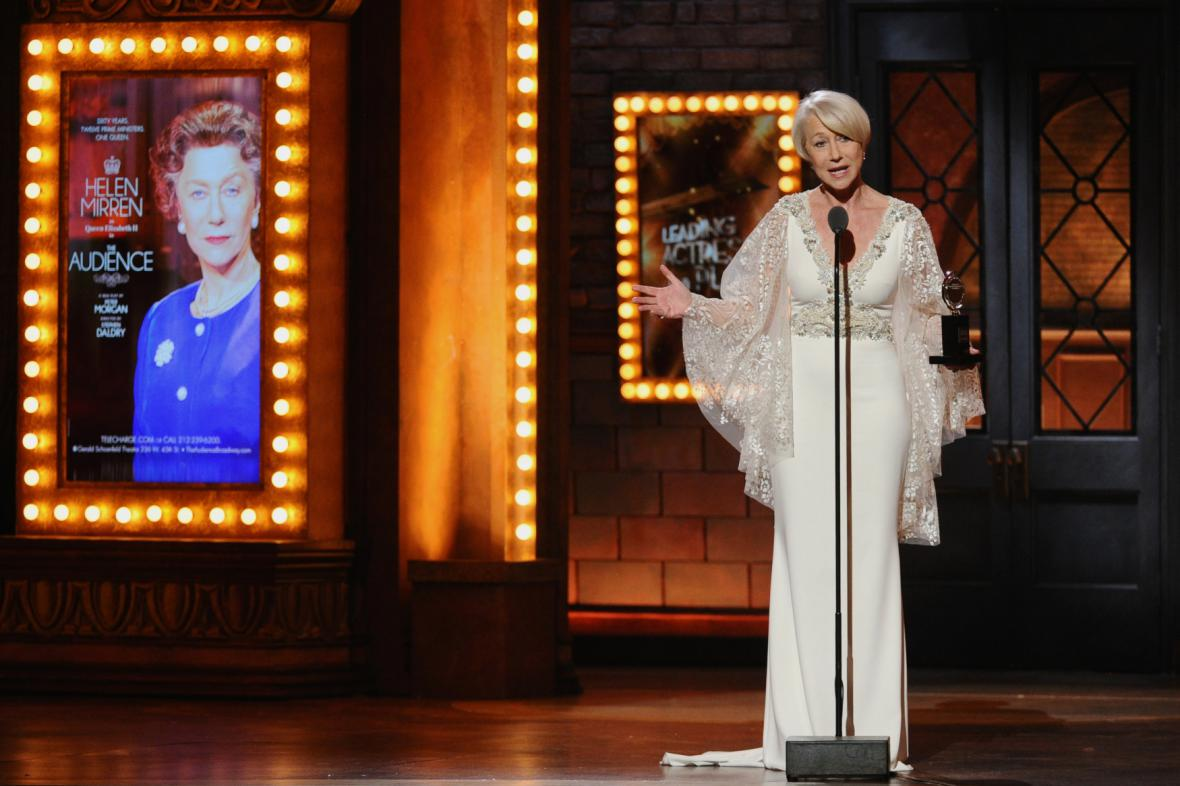 Helen Mirrenová na cenách Tony 2015