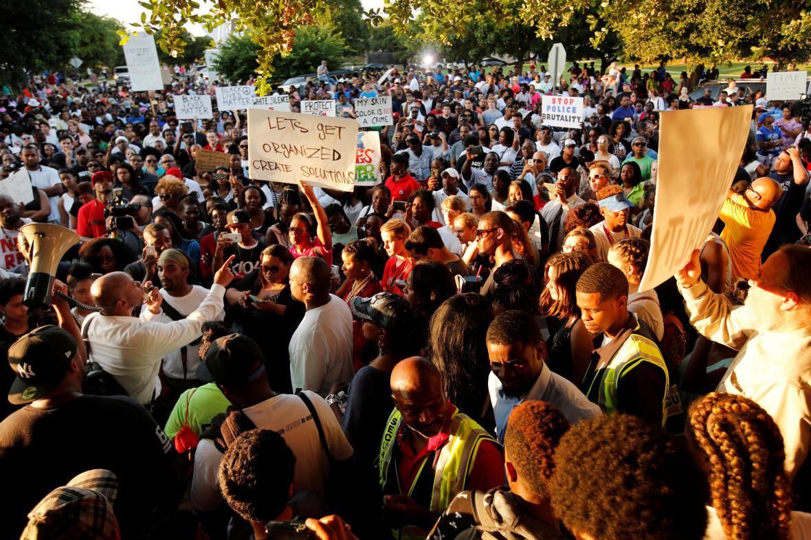 Texaské protesty proti policejní brutalitě