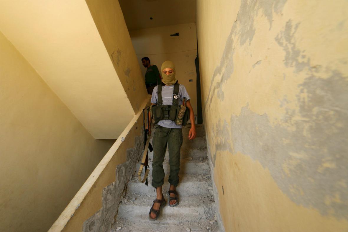 Bojovník fronty An-Nusra