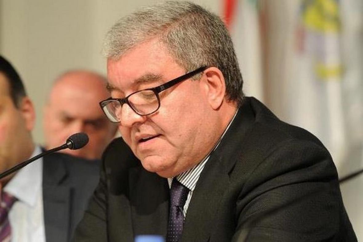 Libanonský ministr vnitra Núhad Mašnúk