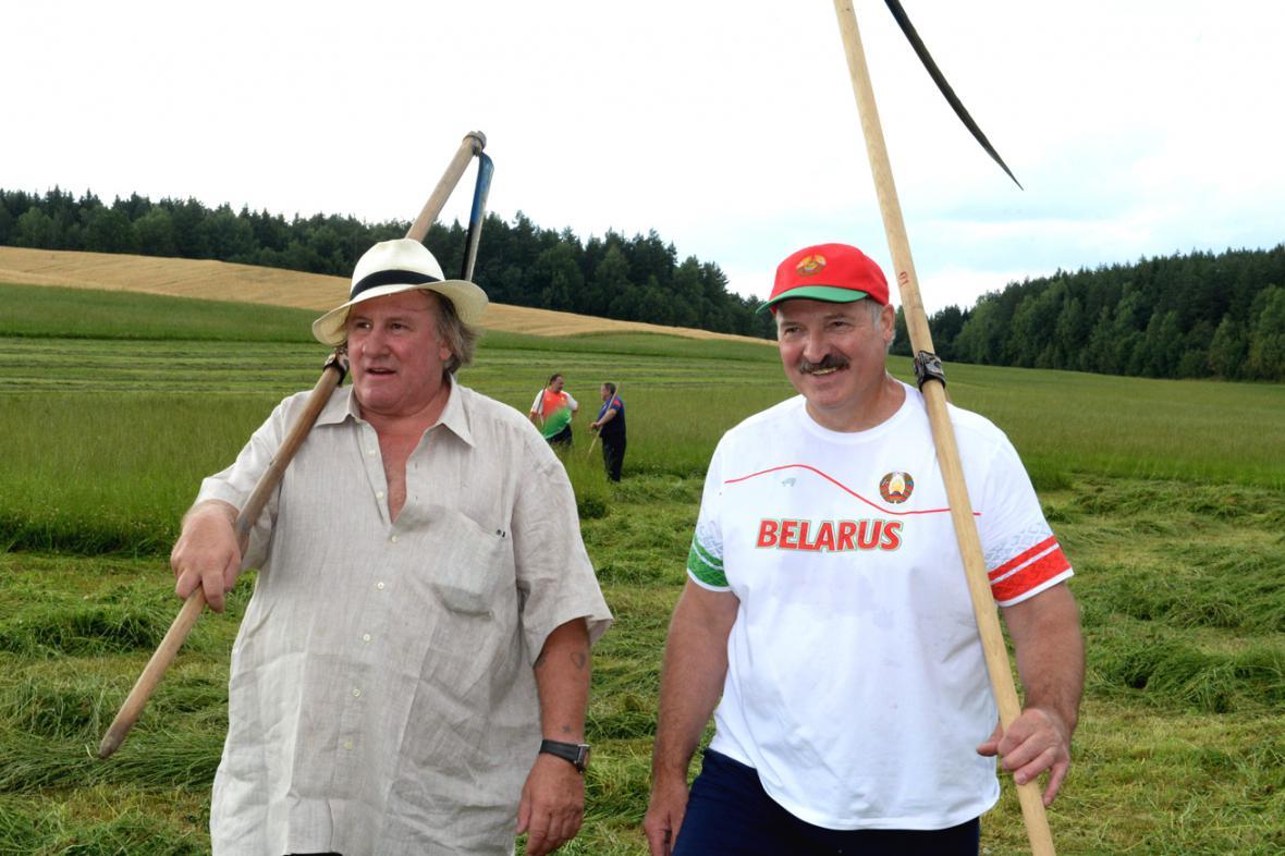 Gérard Depardieu a Alexandr Lukašenko