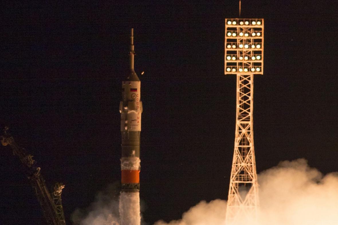 Start lodi Sojuz mířící na ISS