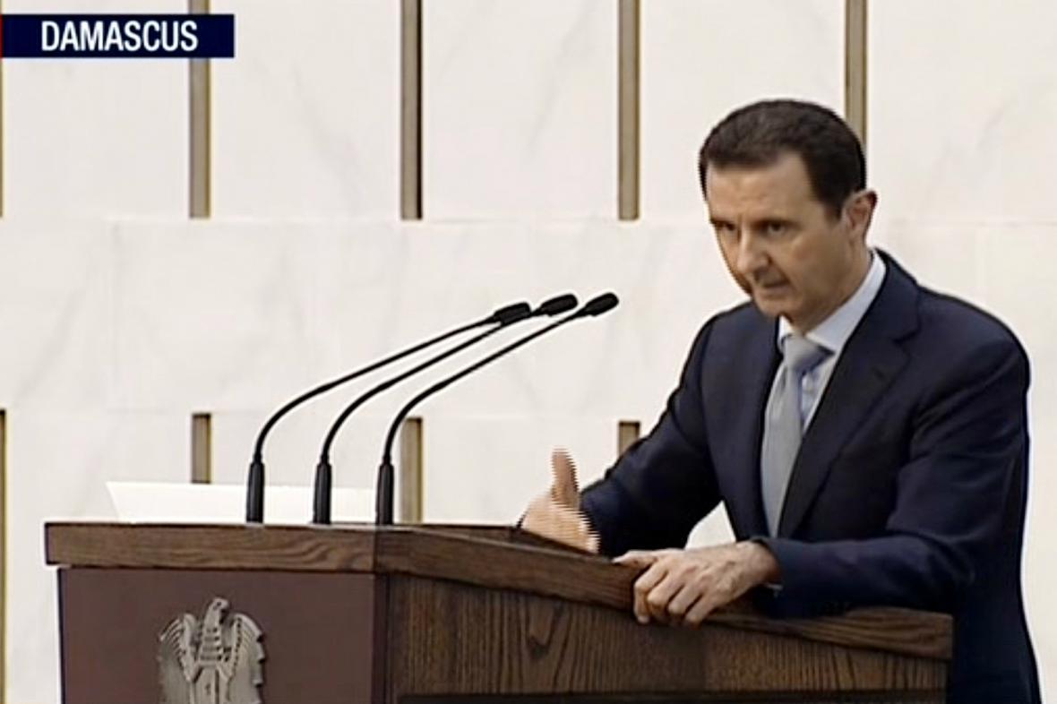 Bašár Asad ujistil, že i přes nedostatek vojáků armáda zemi ubrání