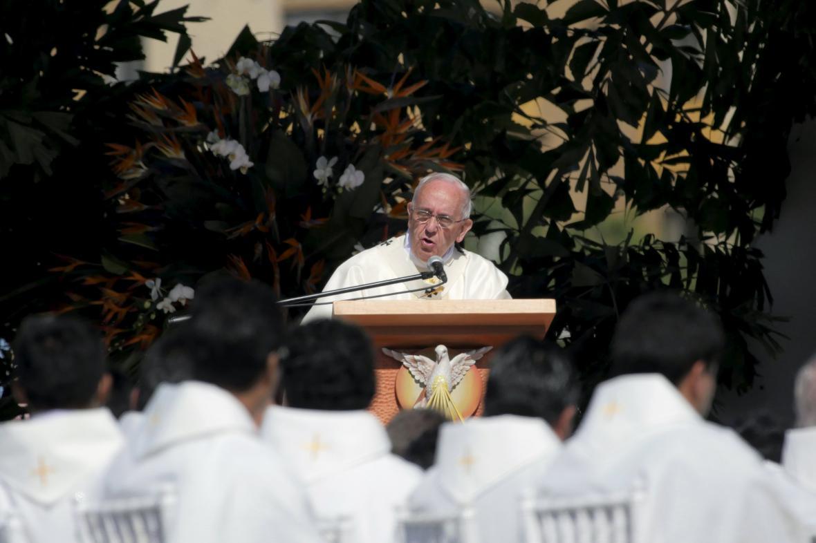Papež František při projevu v Santa Cruz (Bolívie)
