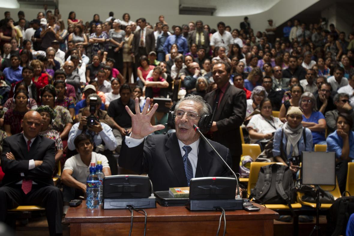 Efraín Ríos Montt při soudním slyšení
