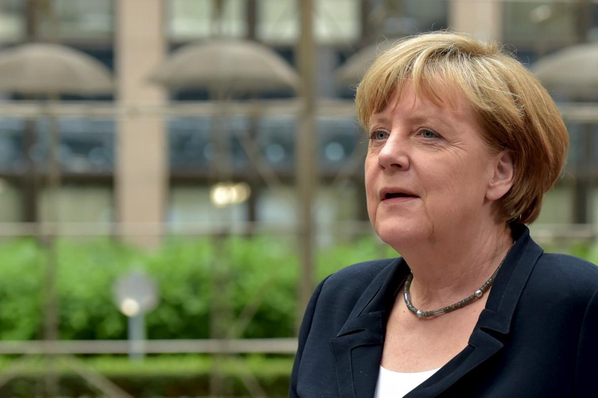Angela Merkelová na summitu eurozóny k řecké krizi