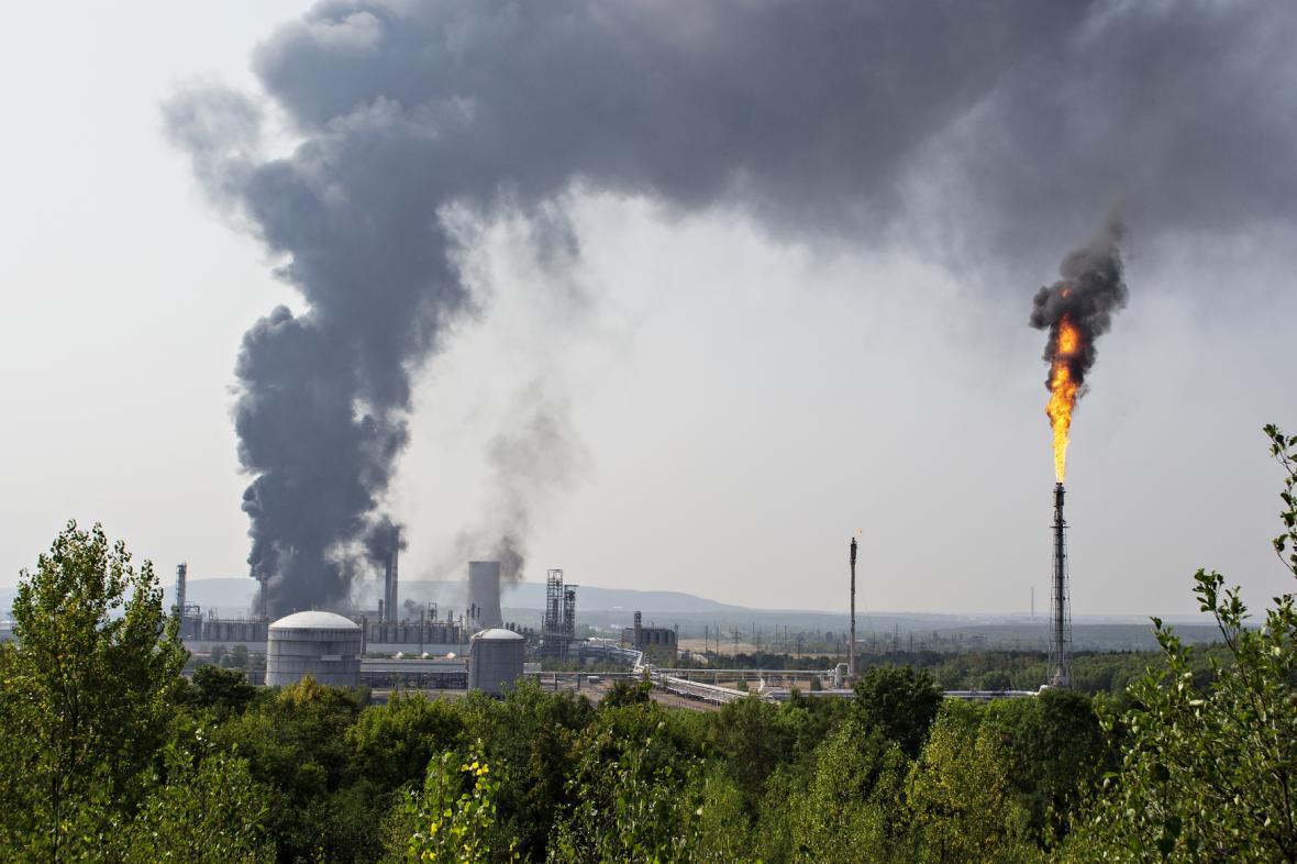 Požár v Unipetrolu