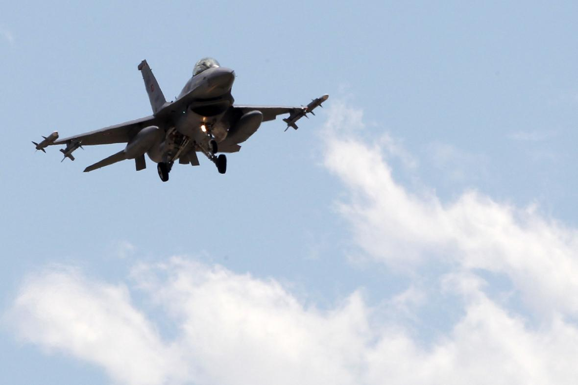Stíhačky F-16 turecké armády