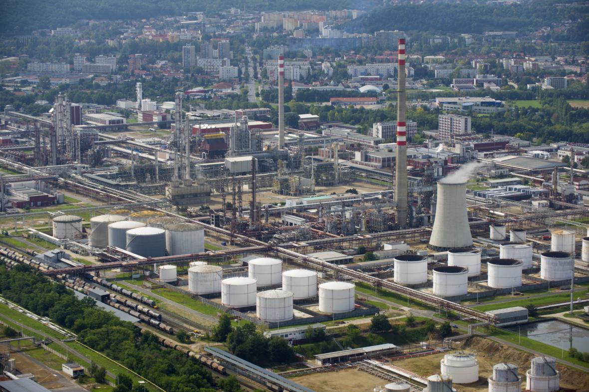 Chemička Synthos v Kralupech nad Vltavou