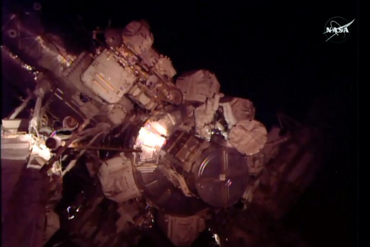 Oprava Mezinárodní vesmírné stanice
