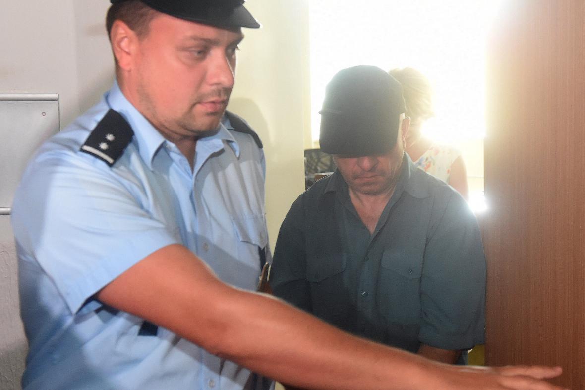 Řidič kamionu obžalovaný z nehody ve Studénce