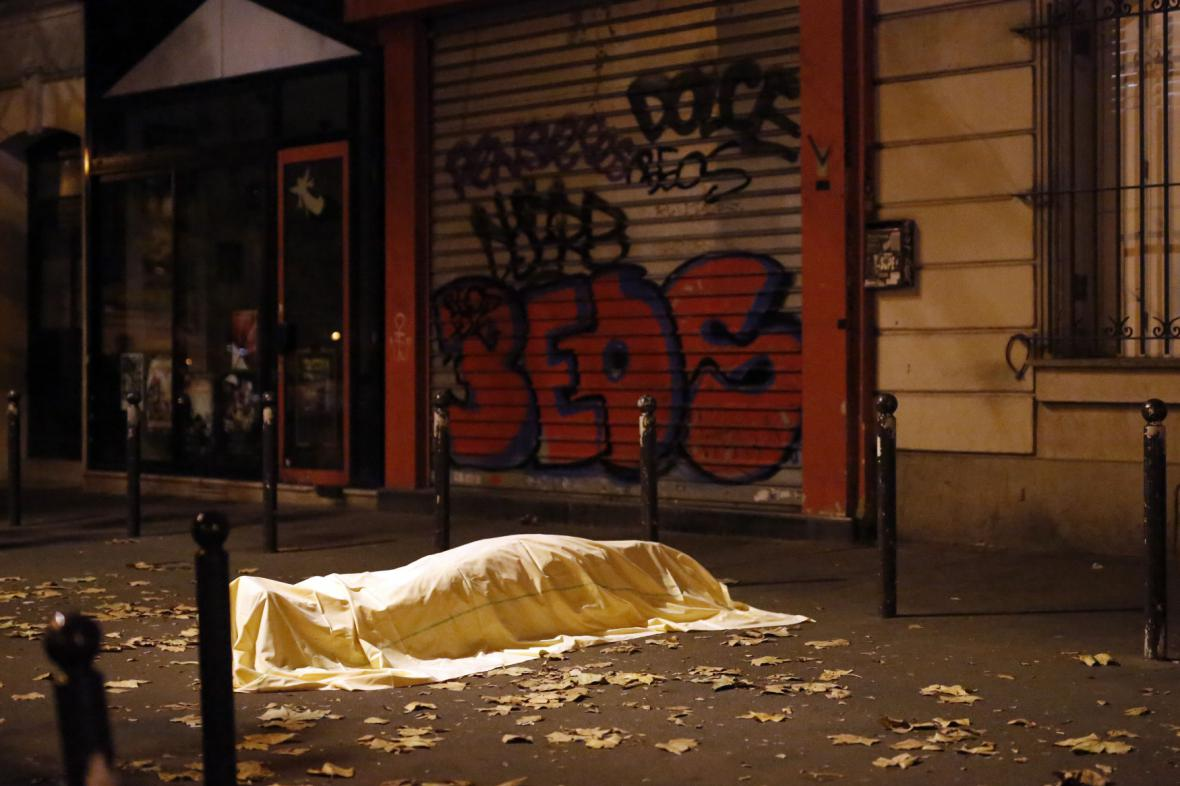 Oběť jednoho z pařížských útoků